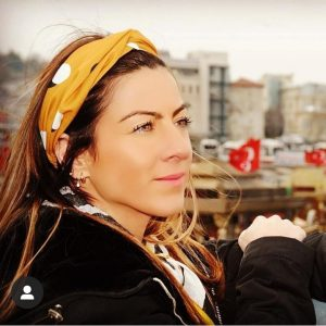 professional female guide in istanbul